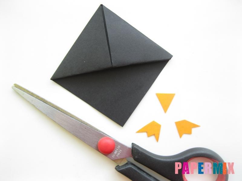 Как сделать закладку в виде пингвина из бумаги поэтапно - шаг 10