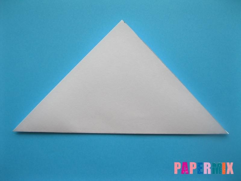 Как сделать акулу из бумаги (оригами) поэтапно - шаг 1
