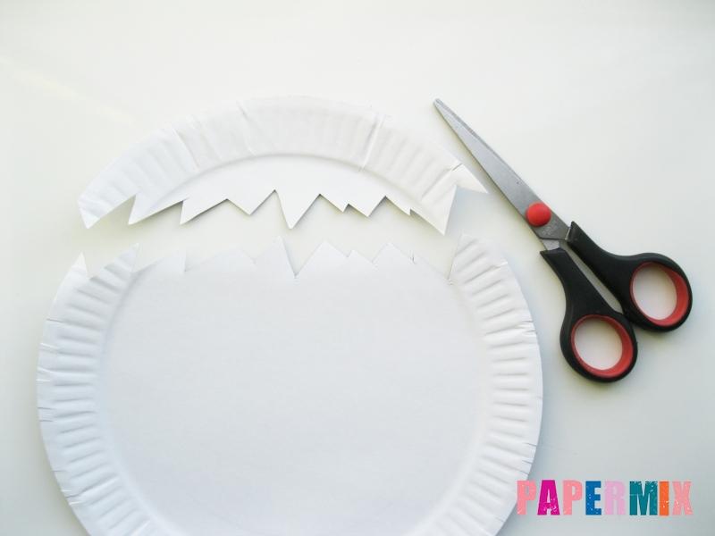 Как сделать цыпленка в яйце из цветной бумаги и тарелки - шаг 2