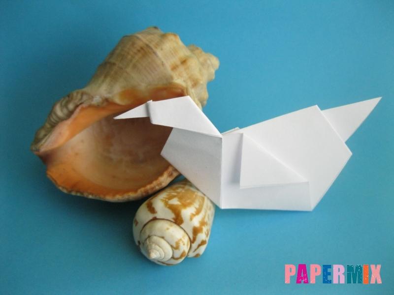 Как сделать из бумаги лебедя пошаговая инструкция - шаг 11