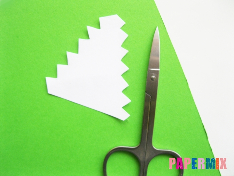Как сделать крокодила из цветной бумаги своими руками - шаг 11