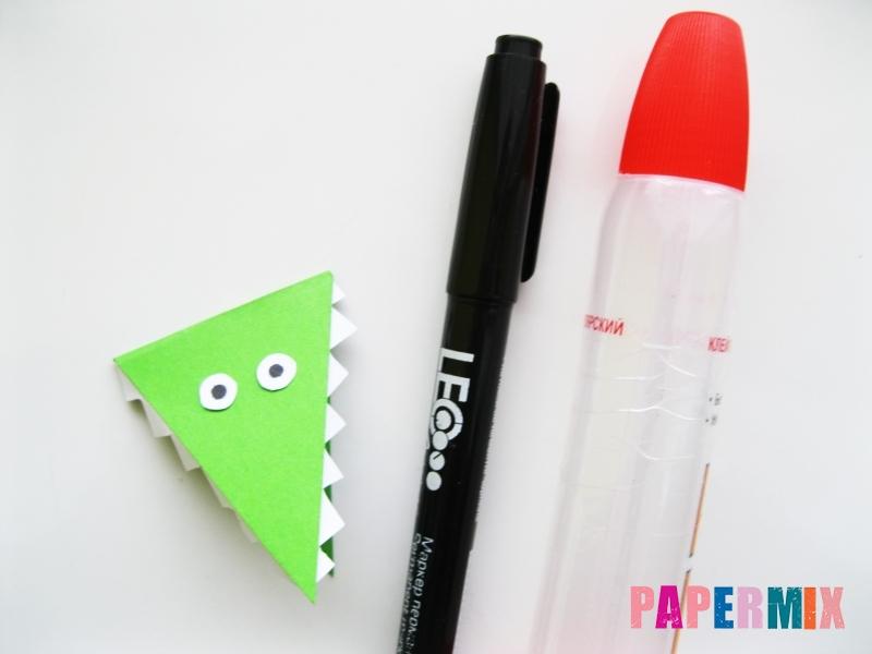 Как сделать крокодила из цветной бумаги своими руками - шаг 14