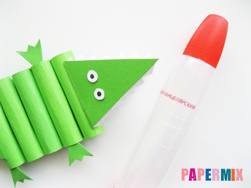 Как сделать крокодила из цветной бумаги своими руками - шаг 15