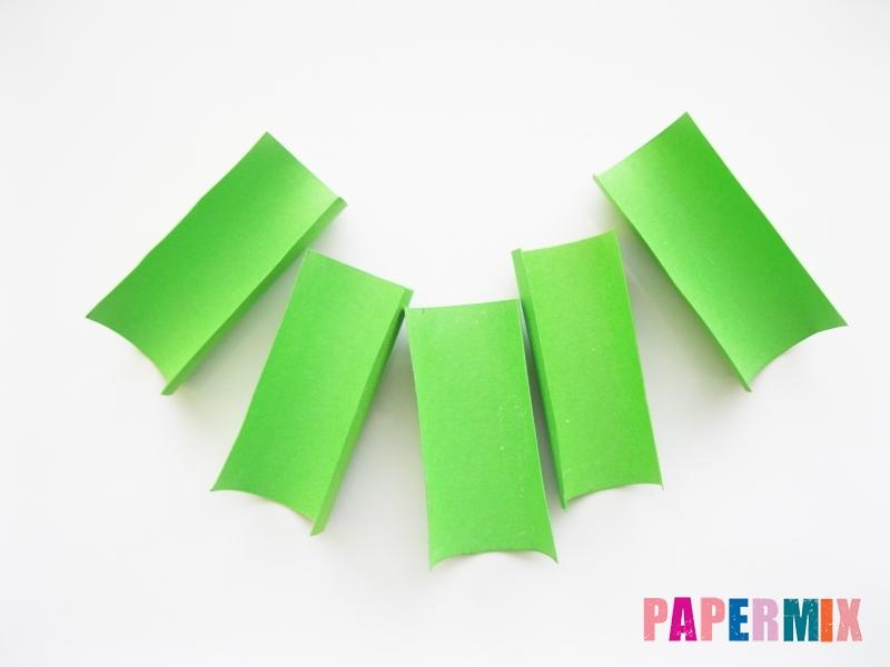 Как сделать крокодила из цветной бумаги своими руками - шаг 2