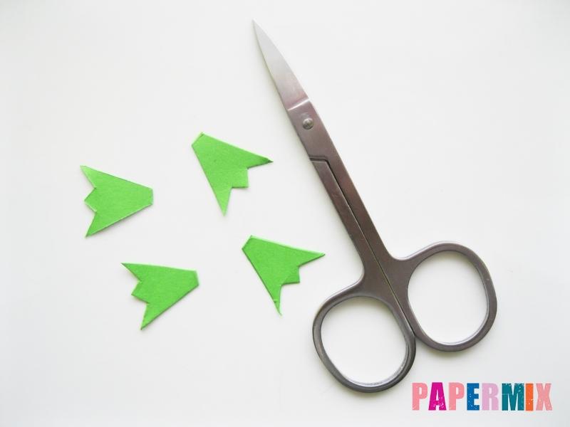 Как сделать крокодила из цветной бумаги своими руками - шаг 5