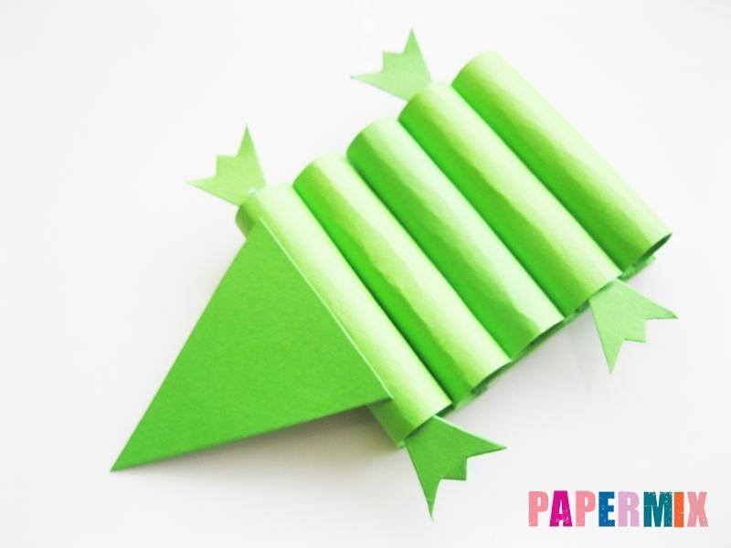 Как сделать крокодила из цветной бумаги своими руками - шаг 7