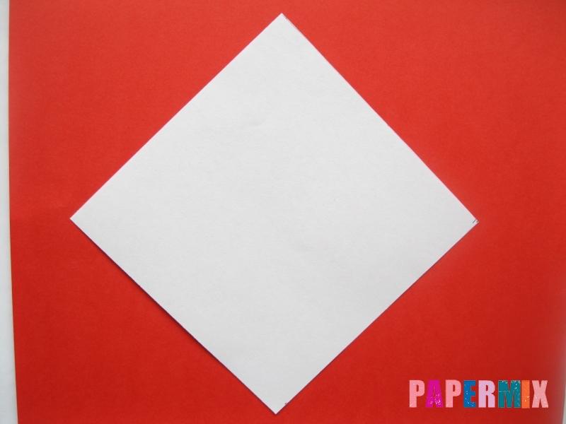 Как сделать мордочку зайчика из бумаги поэтапно - шаг 1