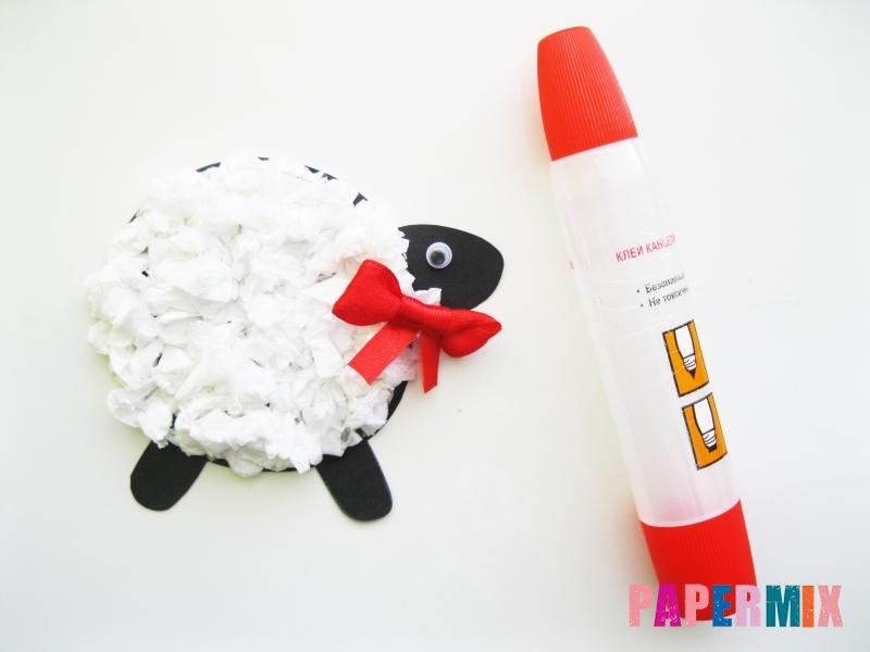 Как сделать овечку из бумаги и салфеток поэтапно - шаг 12