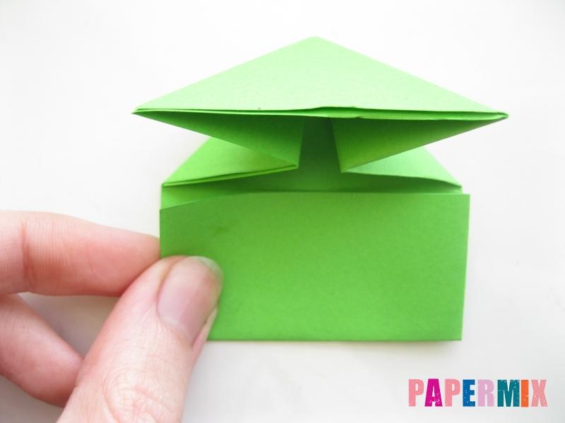 Как сделать прыгающую лягушку из бумаги своими руками - шаг 8