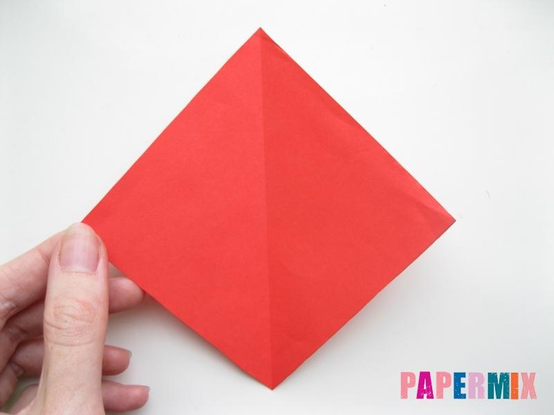 Как сделать жука из бумаги (оригами) инструкция - шаг 2