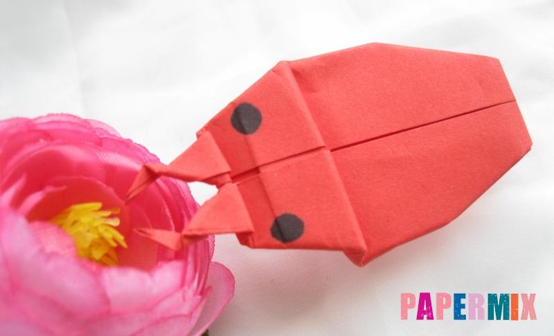 Как сделать жука из бумаги в технике оригами своими руками