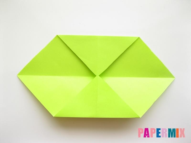 Как сделать змею из бумаги (оригами) поэтапно - шаг 2